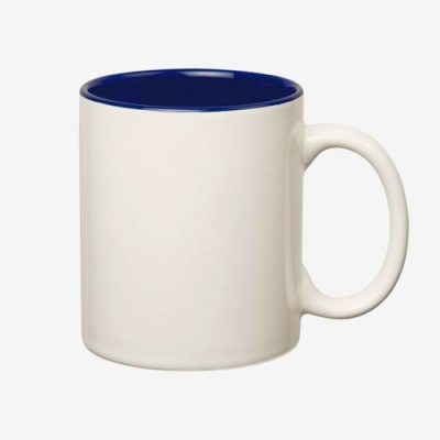 Baltas puodelis mėlynu vidumi